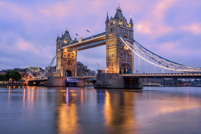 London still calling for Australian dentists